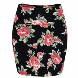 TALULA Aritzia Floral Pencil Mini Skirt // NWOT